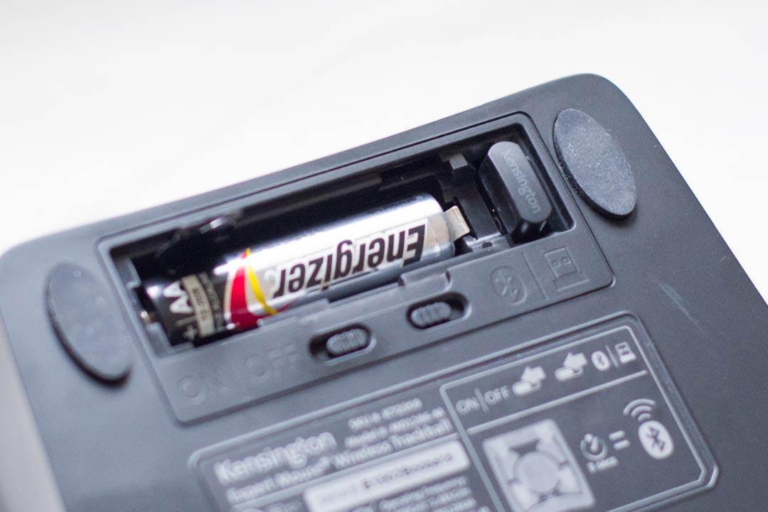 電池 無線USB接続端子