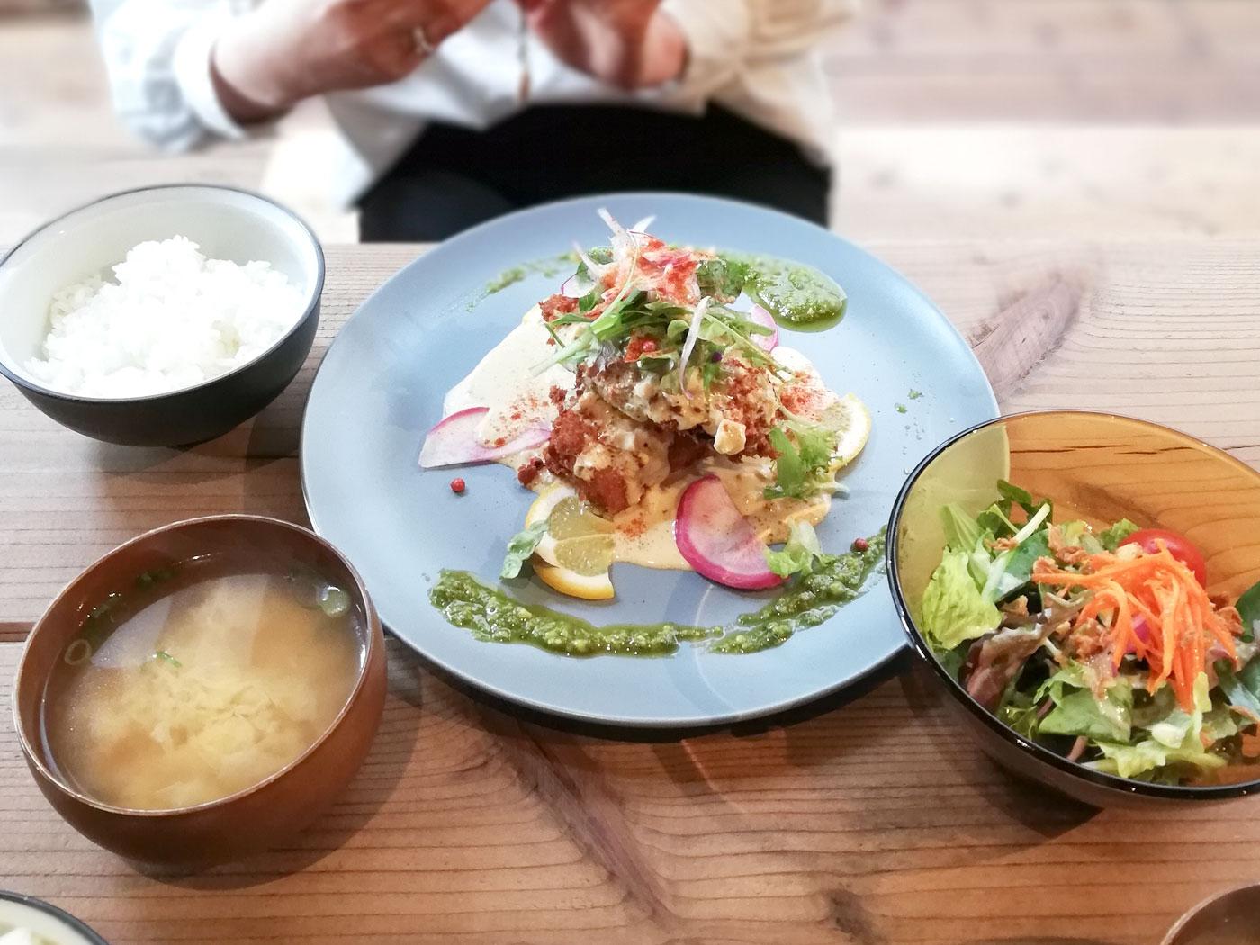 木のした料理店 魚のフライ定食